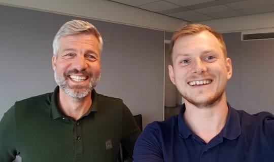 podcast cover: Erik <strong>Hauser</strong> en Skip <strong>van der Lande</strong> over de Millennial Generatie