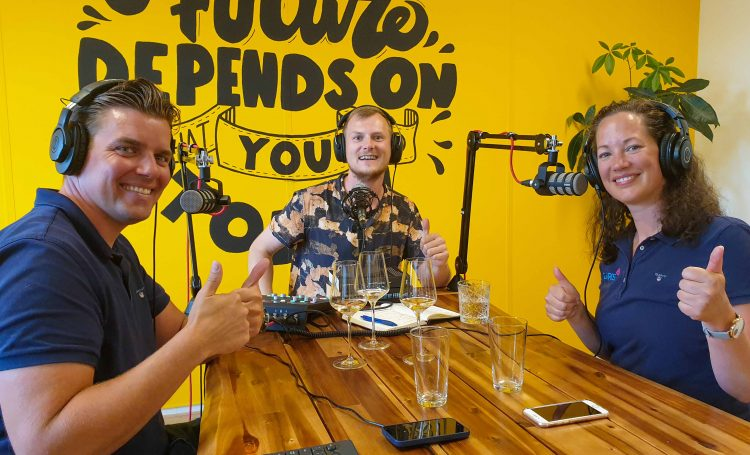 podcast cover: Annemieke & Martijn van <strong>Gauris</strong>